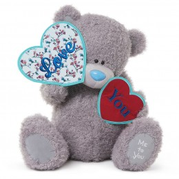Мишка Тедди держит два сердечка 60 см (G01W3422)