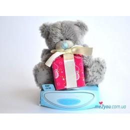 Мишка Me to you с подарком (G01W0253)