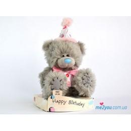 Мишка Тедди в костюме именинника (G01W1830)