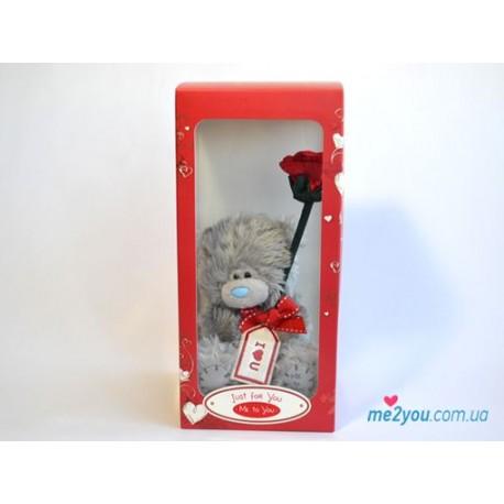 Мишка Тедди с красной розочкой в коробке (G01W2043)