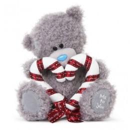 Мишка Me to you с сердцем, сложенного из двух рождественских конфеток, 20 см (G01W3306)