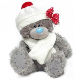 Мишка Me to you в белых шапке с помпоном и шарфе 25 см (G01W3030)