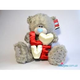 Мишка Тедди держит объемные буквы LOVE (G01W2049)